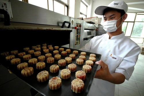 为食品厂员工要回半年工资